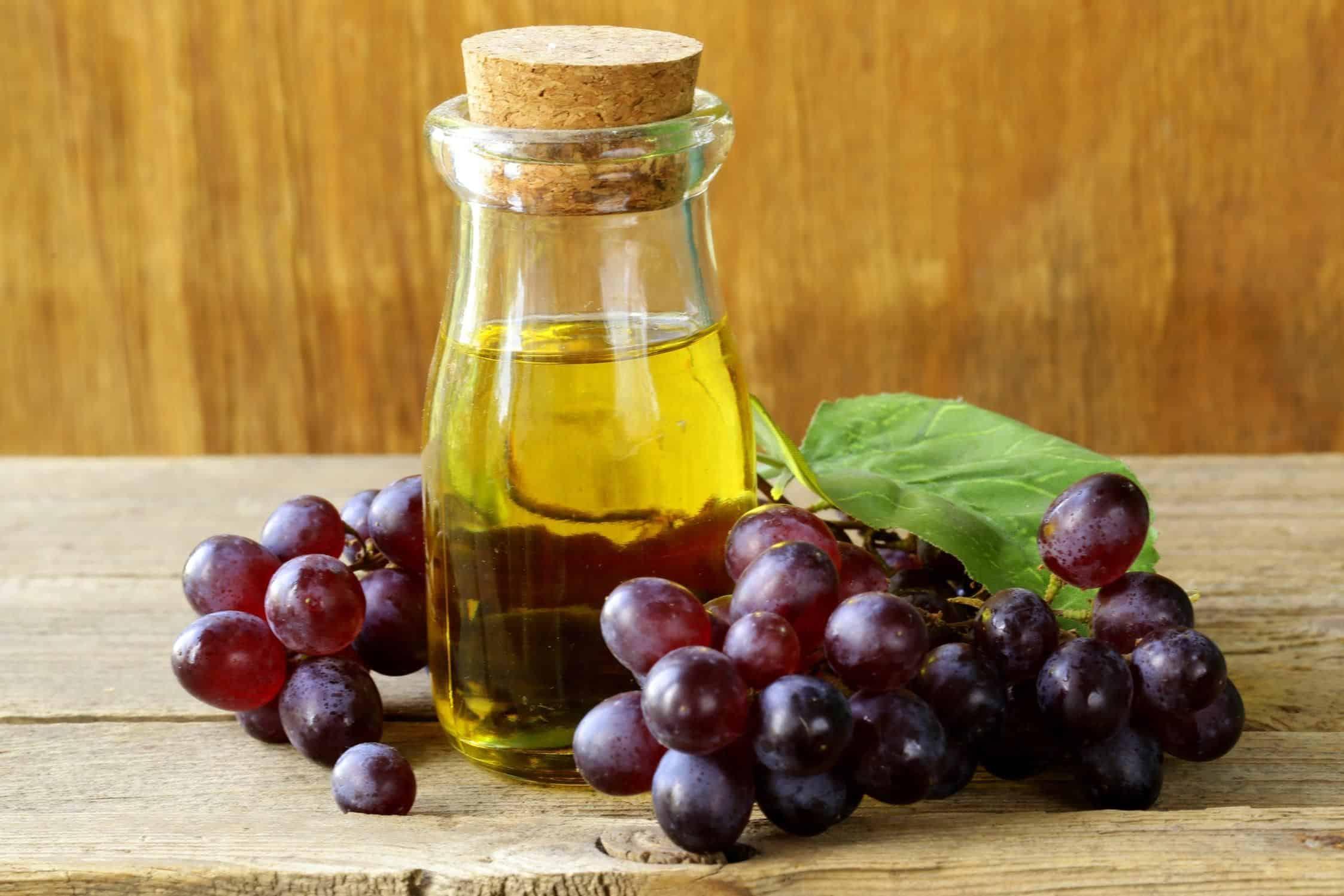 5 bonnes raisons de se mettre à l'huile de pépins de raisin